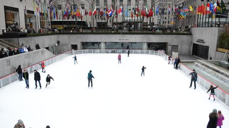 patinoire glace : New York, États-Unis - 5 avril 2014: Patinoire de Rockefeller Center