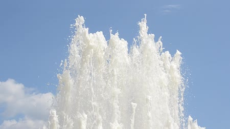 gush : Splash of fountain in a urban park