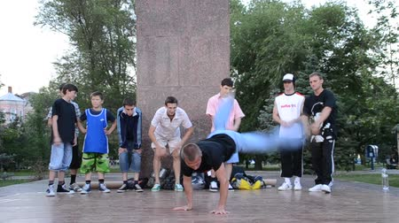 breakdancing : BERDYANSK, UKRAINE - JULY 18: Unknown dancers on July 18, 2014 in Berdyansk, Ukraine Stock Footage
