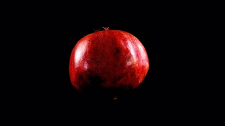 granate : Pomegranate on a black background.