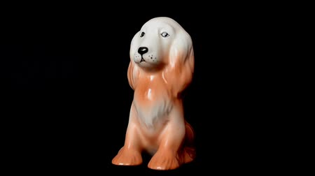 antiques : Shooting of a statuette of a spaniel.