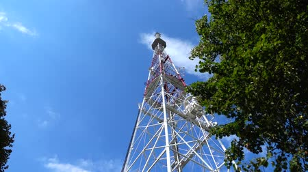 vysílač : Television tower against the background of the sky.