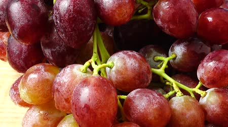 field kitchen : Grapes. Shooting in the movement. Stock Footage