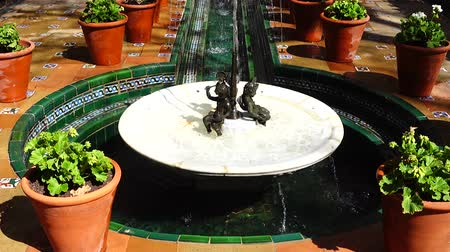 impresionismo : The fountain in the yard of house-museum of Sorolla. The house has been built in 1909? 1910.