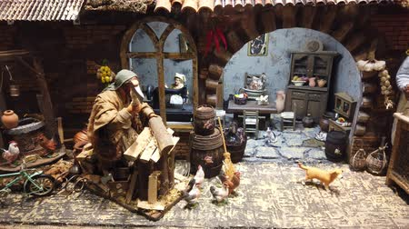 nativite : LVIV, UKRAINE - DECEMBER 25, 2019: Christmas nativity scene. Vidéos Libres De Droits