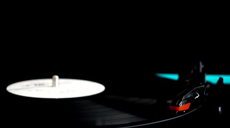 vinil : Vinyl record player. Needle on a vinyl record.