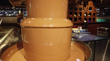 pastelaria : Chocolate fountain in the mall. Stock Footage