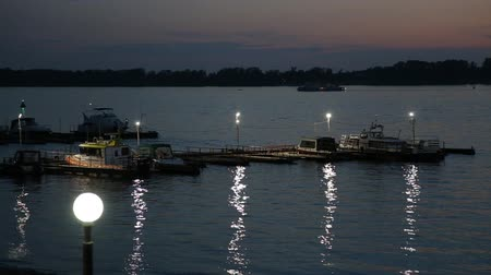 rzeka : Night view of the river Volga, pier and boat station