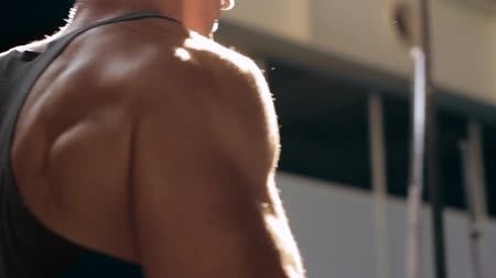 Back view of man in gym Stok Video