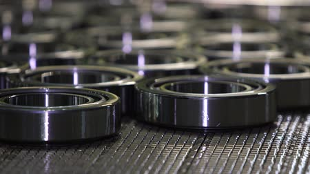 закалки : Manufacture of bearings at the factory