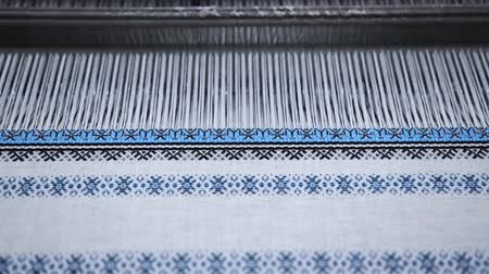 miktar : Creation of Ukrainian ornament on a loom.