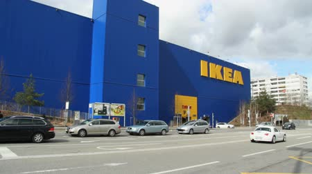 salubridade : GENEVA - 11 MARCH 2013 : Sequence of few shots of IKEA store in Vernier (Geneva, Switzerland). This day, IKEA Switzerland admit they have sold chocolate pies with fecal bacterias.a