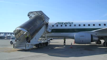 suécia : Roma airport, Alitalia company. Find similar clips in our portfolio.