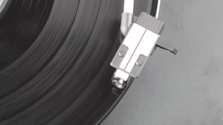 gravar : a running record player is shown from above