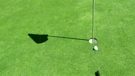 hand ball : Golf - unkonventionelle shot - Billard-Stil