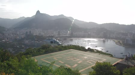 helikopter : Rio de Janeiro - helicopter landing Wideo