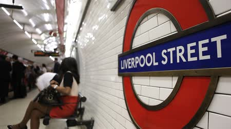 underground : Liverpool Street undergound station in London Stock Footage