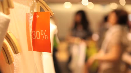 roupas : 30% sale on clothes Stock Footage