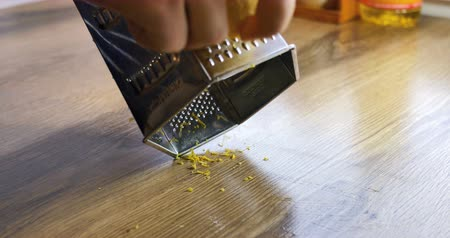 limon : Lemon zest being grated 4k Stock Footage