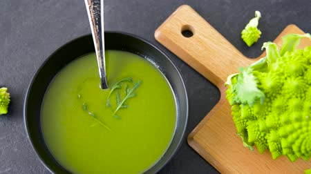 romanesk : close up of vegetable green cream soup in bowl