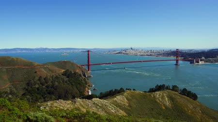 süspansiyon : view of golden gate bridge over san francisco bay