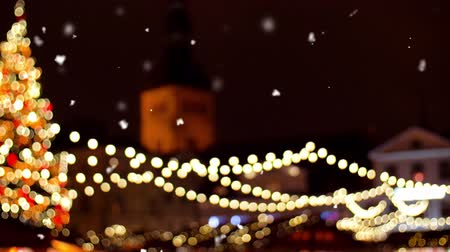 Észtország : christmas market at old town in tallinn