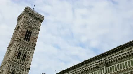 torre sineira : time-lapse of cathedral of Santa Maria del Fiore, Florence, italy with blue sky and