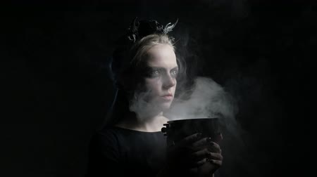 wicca : Dark portrait of evil witch with bowl. 4K UHD Stock Footage