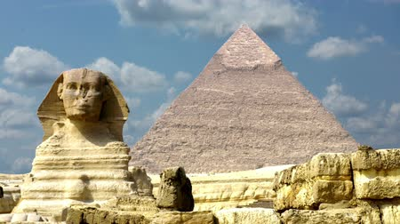 egyiptom : Timelapse Of The Great Pyramids In Giza Valley, Cairo, Egypt