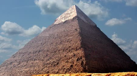 egyiptomi : Timelapse Of The Great Pyramids In Giza Valley, Cairo, Egypt