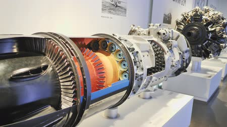 седан : Munich, Germany - August 5, 2018: Exhibition of car engines in the museum of BMW and BMW Headquarters, Munich, Bavaria, Germany.