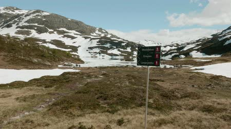 trail marker : Crossway in Norway mountains
