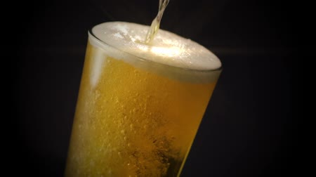 ipa : Beer Overflowing