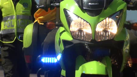 polizist : Polizeimotorrad Videos