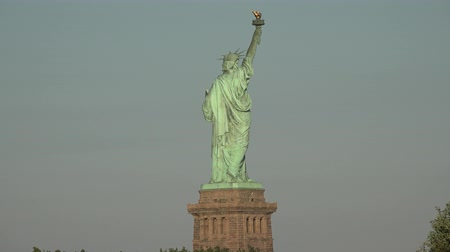 locatie : Statue of Liberty, monumenten, sculpturen Stockvideo