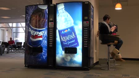 distributeur automatique : Vending Machine Soda, sodas, Colas