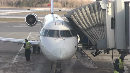 düzlem : Plane at Airport Terminal, Gate, Airplane