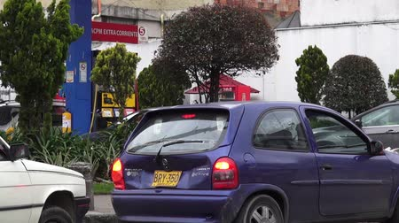 aeróbico : Gas Stations, Gasoline, Energy Stock Footage