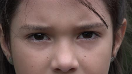 irys : Eyes, Young Girl, Eyesight