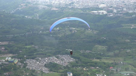 magasság : Parasailing, Paragliding, Skydiving, Flying Sports