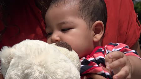 beer : Baby Met Teddy Bear Infant Knuffels