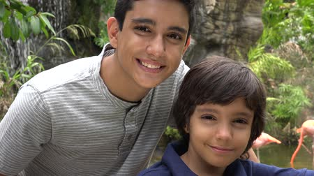 cimborák : Teen Hispanic Boys Smiling at Zoo