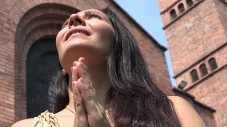 talep : Praying Woman at Christian Church