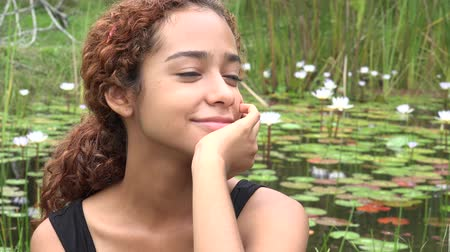 divu : Teen Girl Thinking or Daydreaming