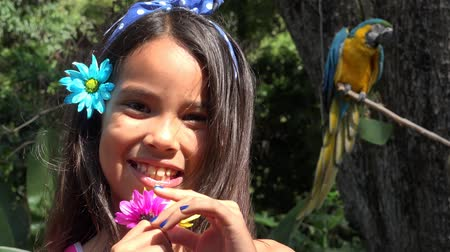papuga : Young Girl Smiling near Parrot Wideo
