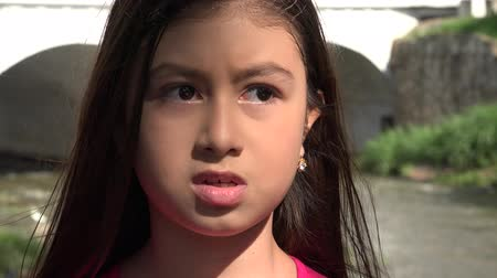 gergin : Nervous and Fearful Young Girl Stok Video