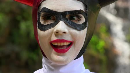 coringa : Happy Cosplay Jester Girl Stock Footage