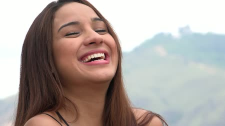 śmiech : Pretty Young Woman Laughing Wideo