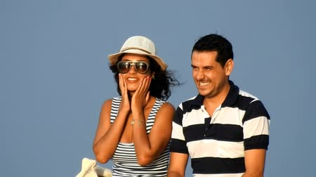 casado : Happy Married Couple On Vacation