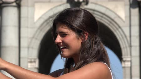 visitantes : Happy Female Tourist Recording Video With Tablet